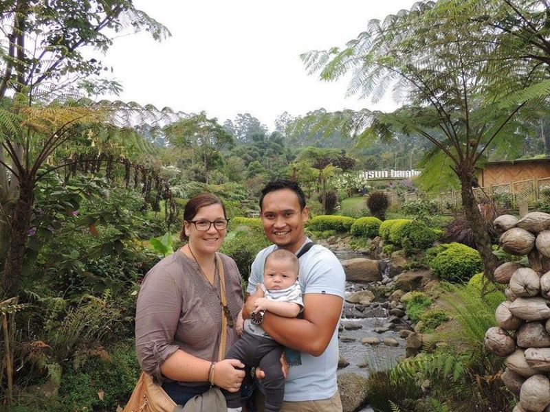 Josselyn, Hans & baby in Bali together