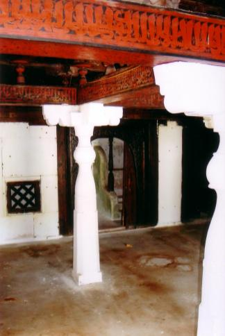 Isdhoo historical Mosque