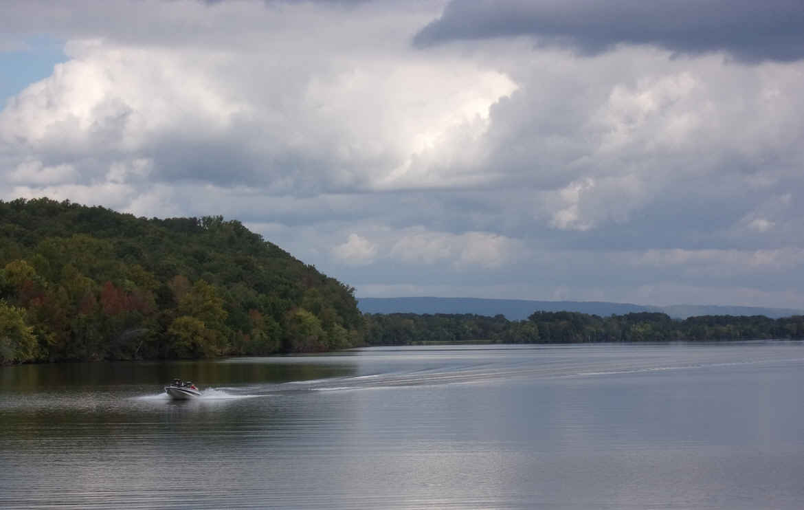Oct 2 Another Day On The Tennessee River Ten Mile TN