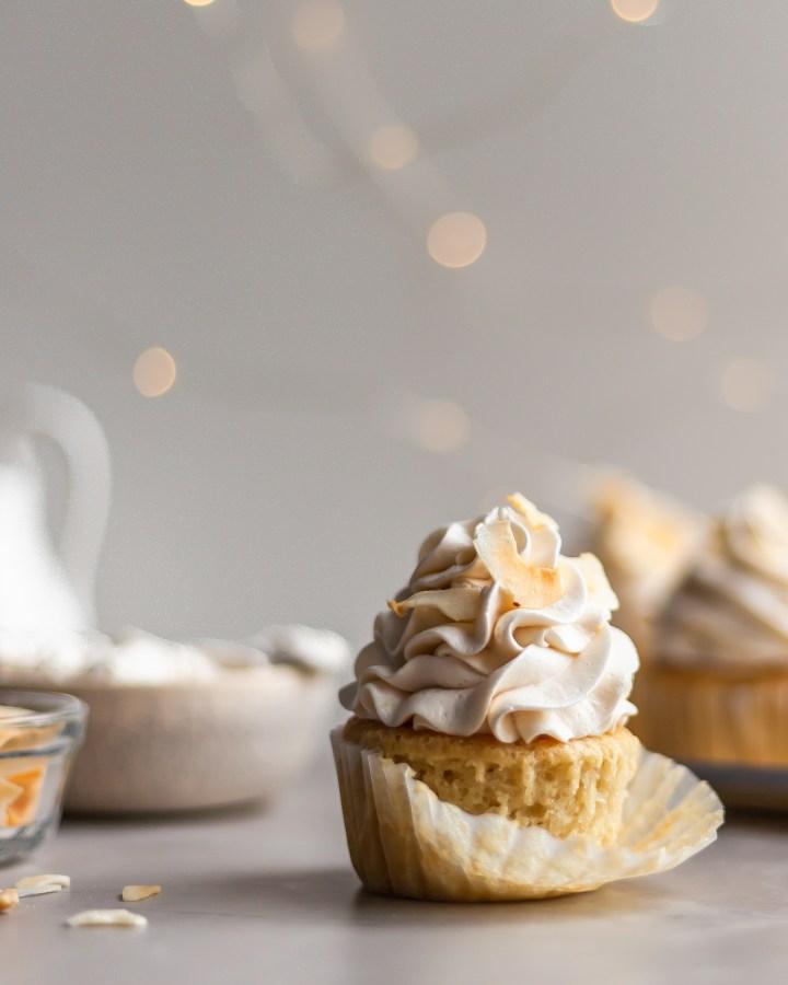 Vegan Coconut Cream Cupcakes