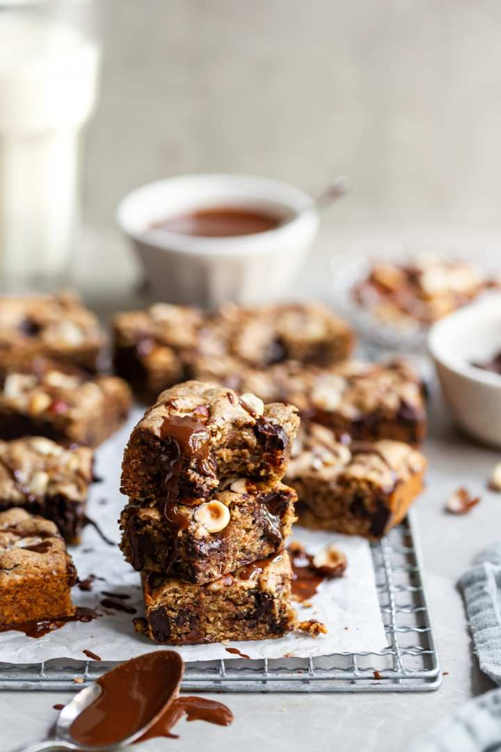 Vegan Chocolate Chunk Hazelnut Blondies