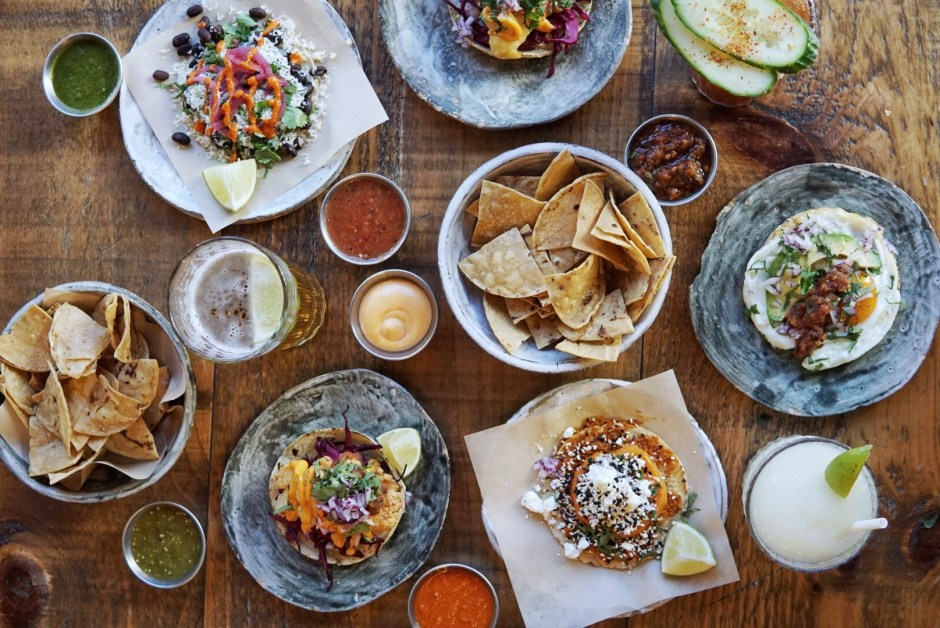 Crummbs London Restaurant Reviews breddos tacos Brunch