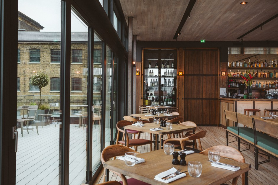 Crummbs London Restaurant Reviews The Lighterman