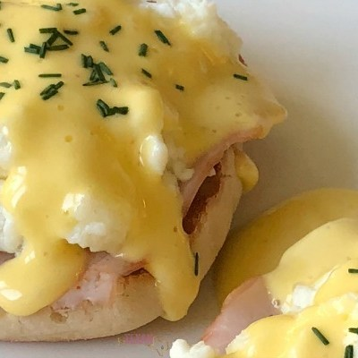Cheater's Eggs Benedict with Quick Hollandaise Sauce– A Mama's Dream