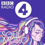 Une femme avec des cheveux multicolores et un casque audio. Logo BBC Radio 4. Soul Music.