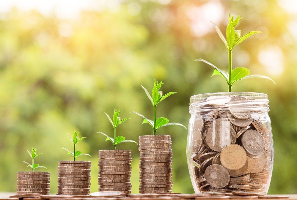 Kryptowährungen wachsende Münzstapel