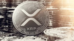 Veteran Analyst Peter Brandt Scorns 'XRP's Bag Holder,' Compares Ripple to the Fed