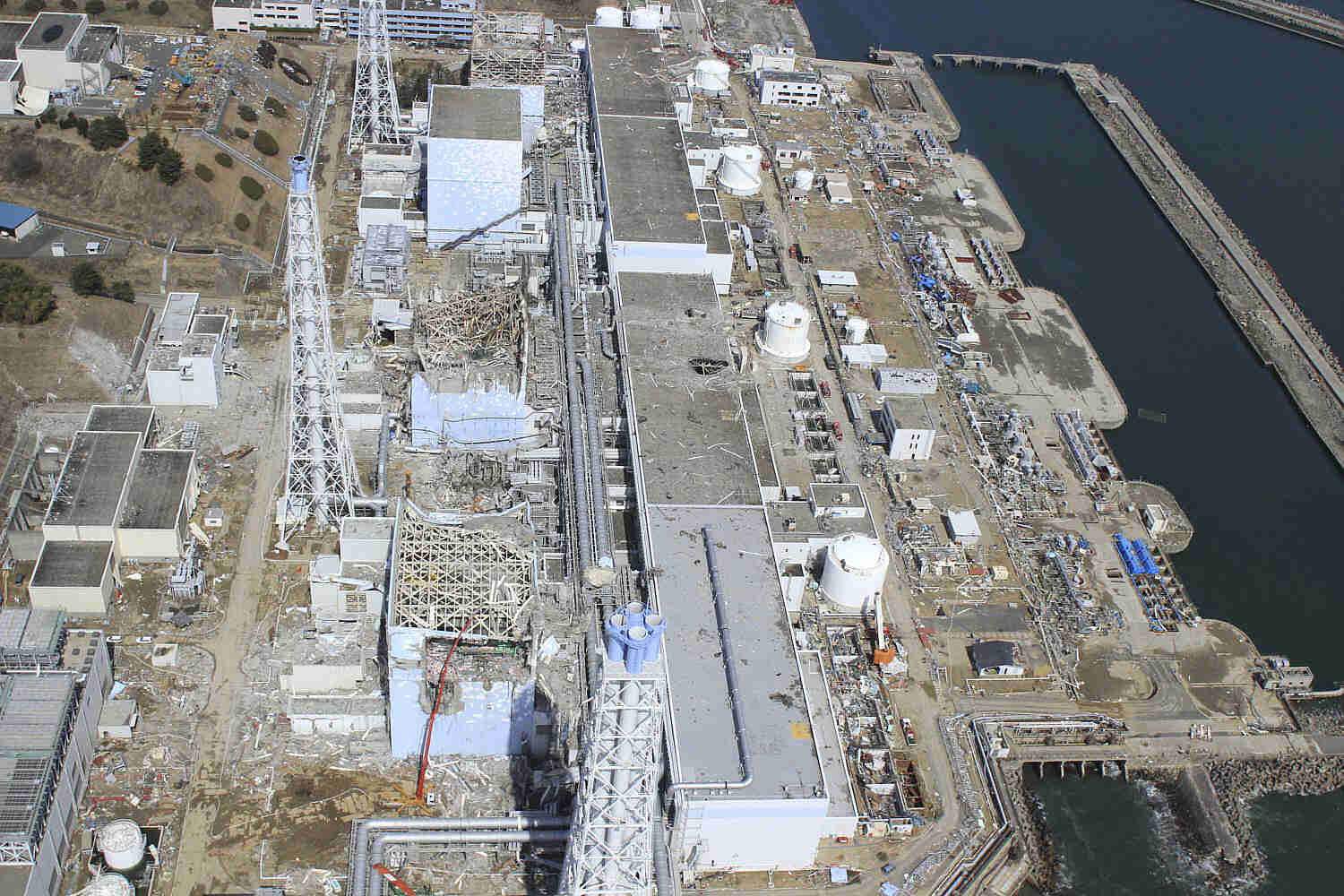 Aerial photo the crippled Fukushima Dai-ichi nuclear power plant
