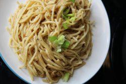 top view garlic noodle