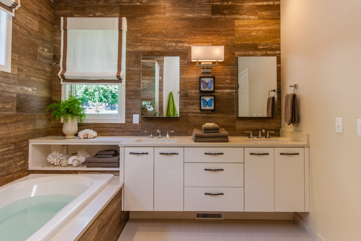 White Contemporary Bathroom Vanity Crystal Cabinets