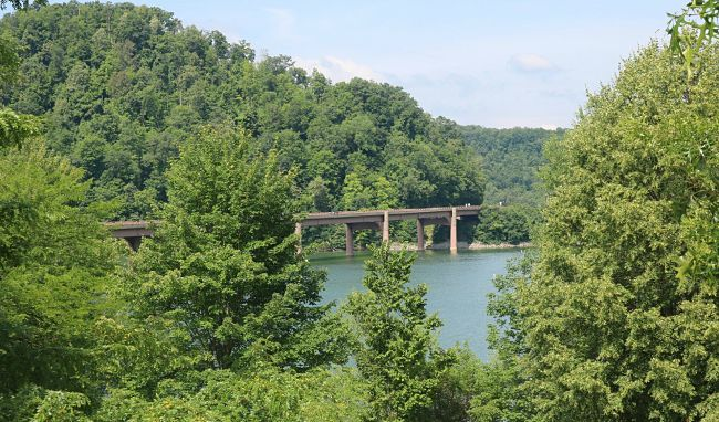 7 Reasons Why You Should Visit the Yough River Lake This Summer
