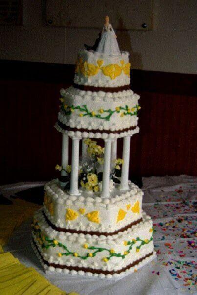 Wedding Cake at My Wedding, having a Dream Wedding on a Budget