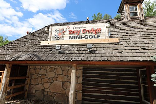 Davy Crockett Mini-Golf