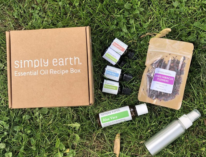 Simply Earth June Recipe box essential oils