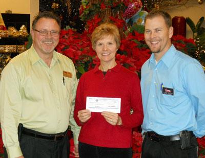 Fry's Food Stores donates $10,000 to Prescott health center