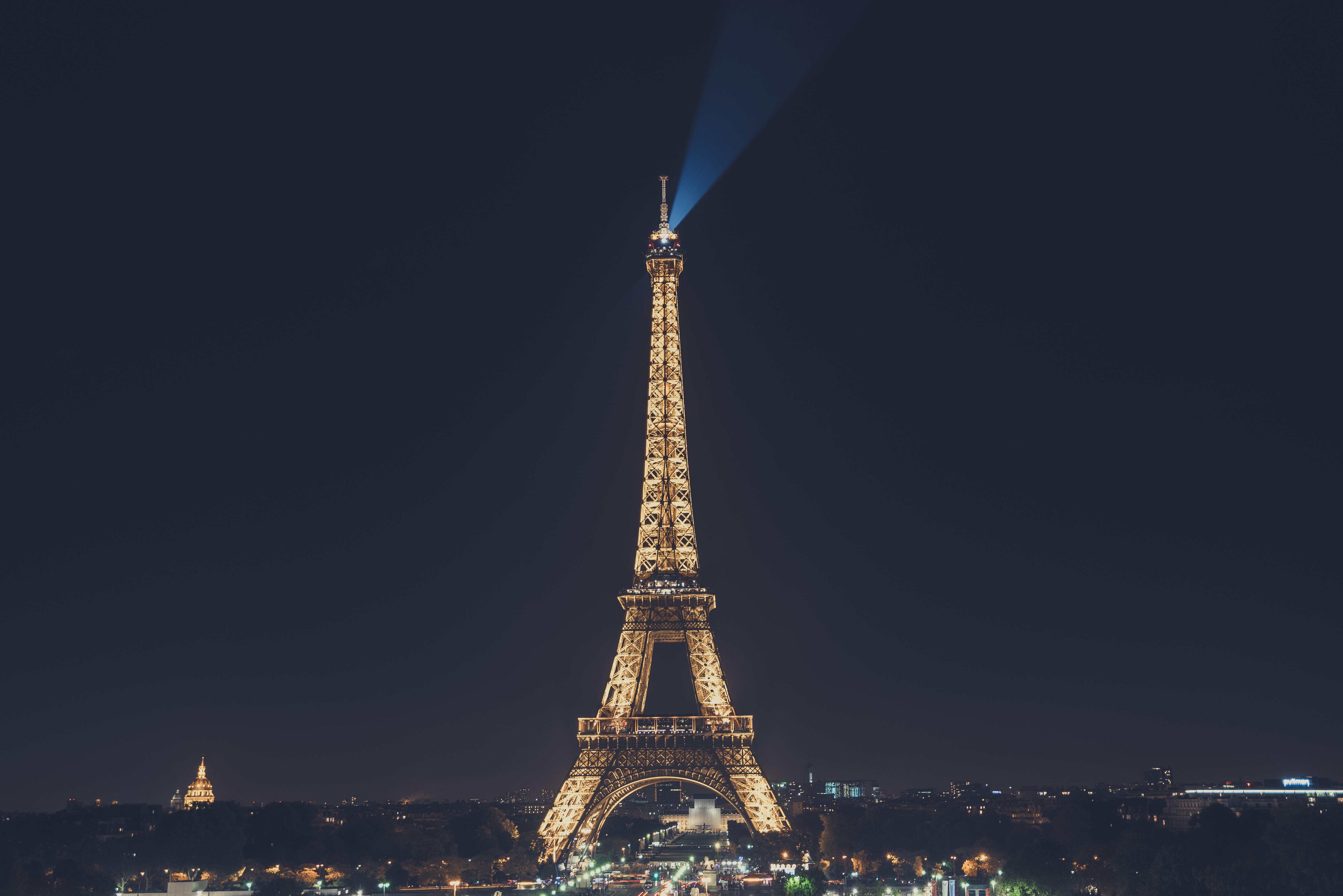 EUROPE: Les Affaires Internes d'Emmanuel Macron