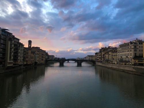 Piangendo Per Te, Italia (Pleurant Pour Toi, Italie)