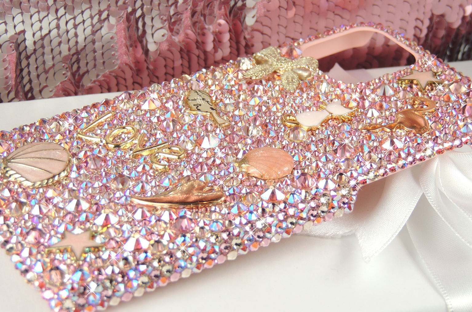 Pink and gold vintage charm bling crystal Swarovski case.
