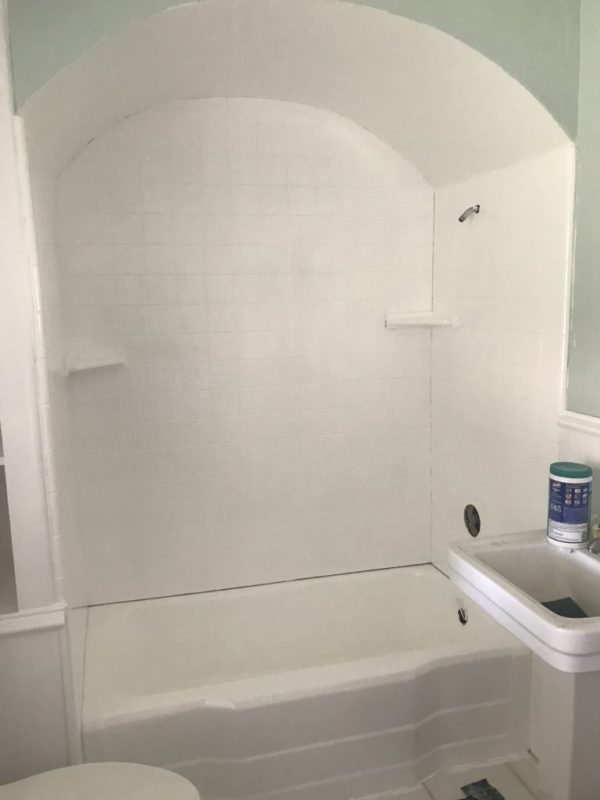 Shower paint, paint a shower, shower update, shower makeover
