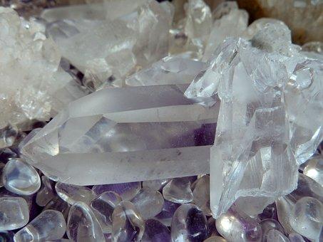 水溶性珪素 ホワイトシリカは水晶からできてます