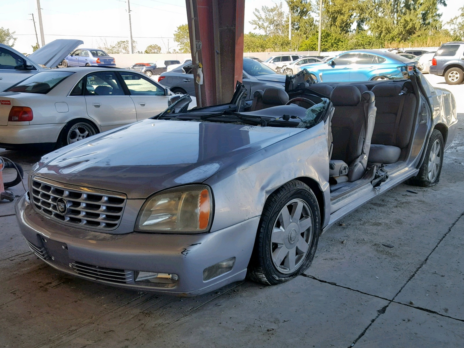 hight resolution of  2005 cadillac deville dt 4 6l right view