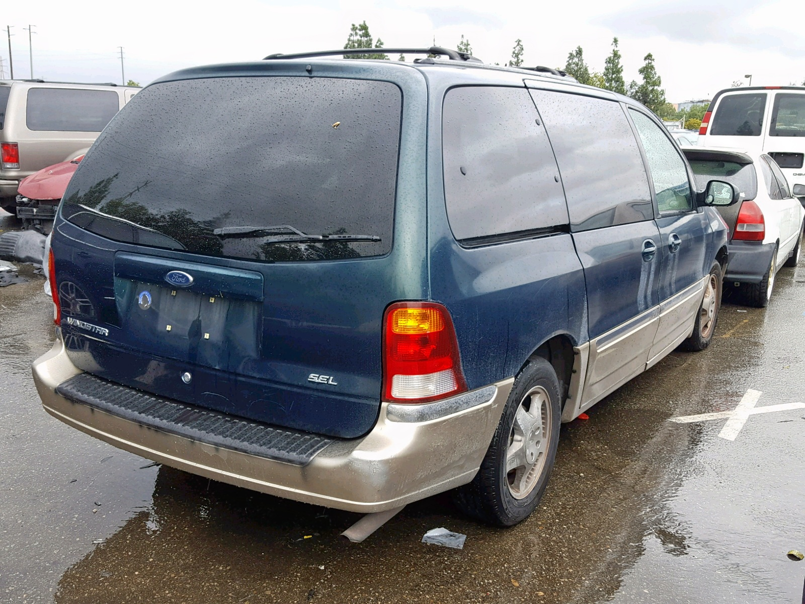 hight resolution of  2fmda5349yba17220 2000 ford windstar s 3 8l rear view 2fmda5349yba17220