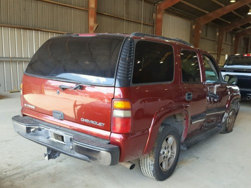 small resolution of  1gnec13t41r164476 2001 chevrolet tahoe c150 5 3l rear view 1gnec13t41r164476