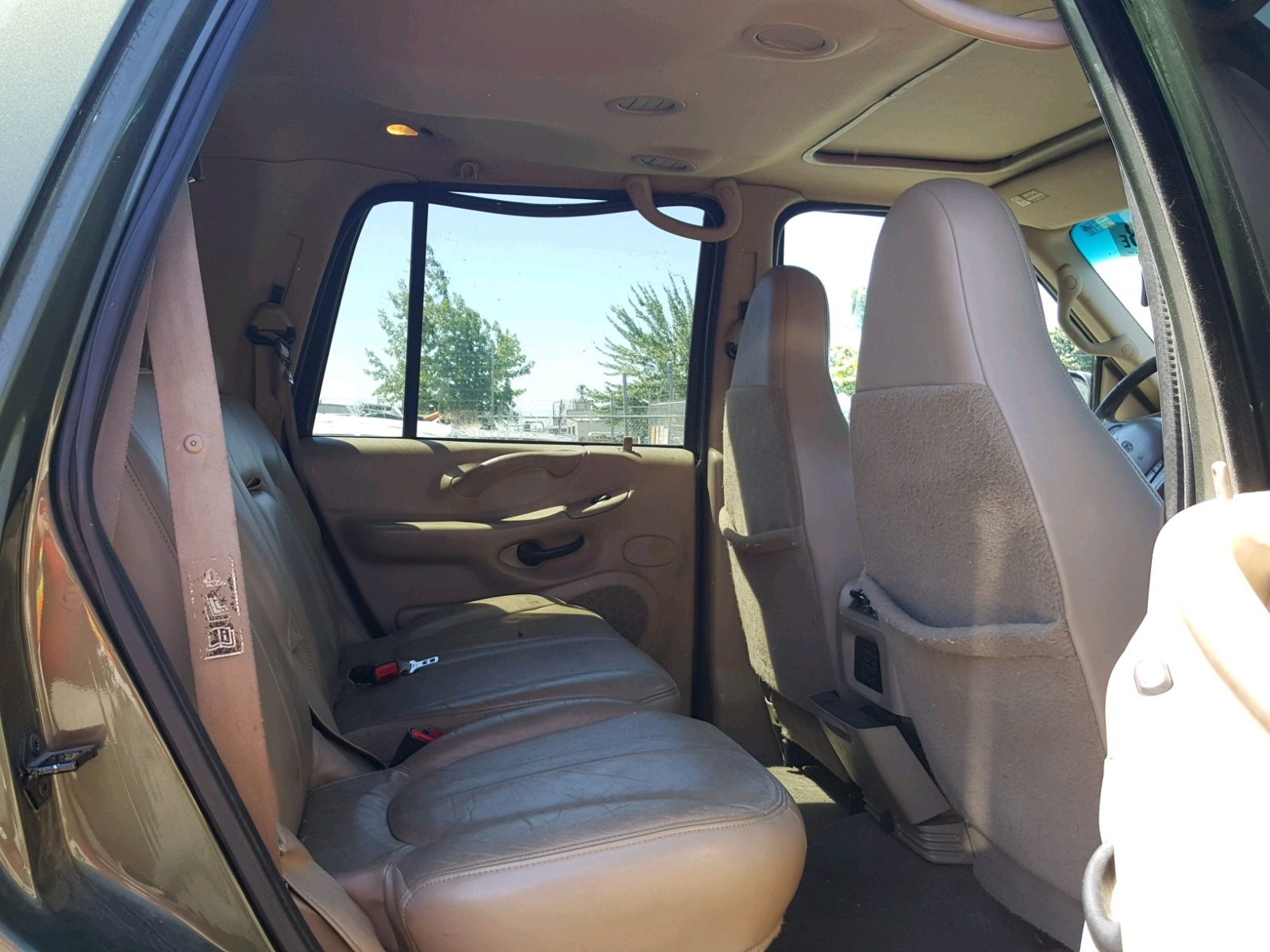 hight resolution of  1fmpu18l0yla72054 2000 ford expedition 5 4l detail view 1fmpu18l0yla72054