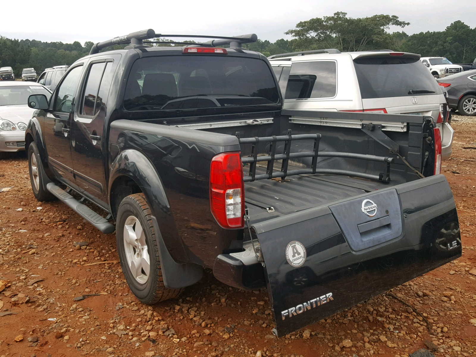 hight resolution of  1n6ad07u85c458373 2005 nissan frontier c 4 0l angle view 1n6ad07u85c458373