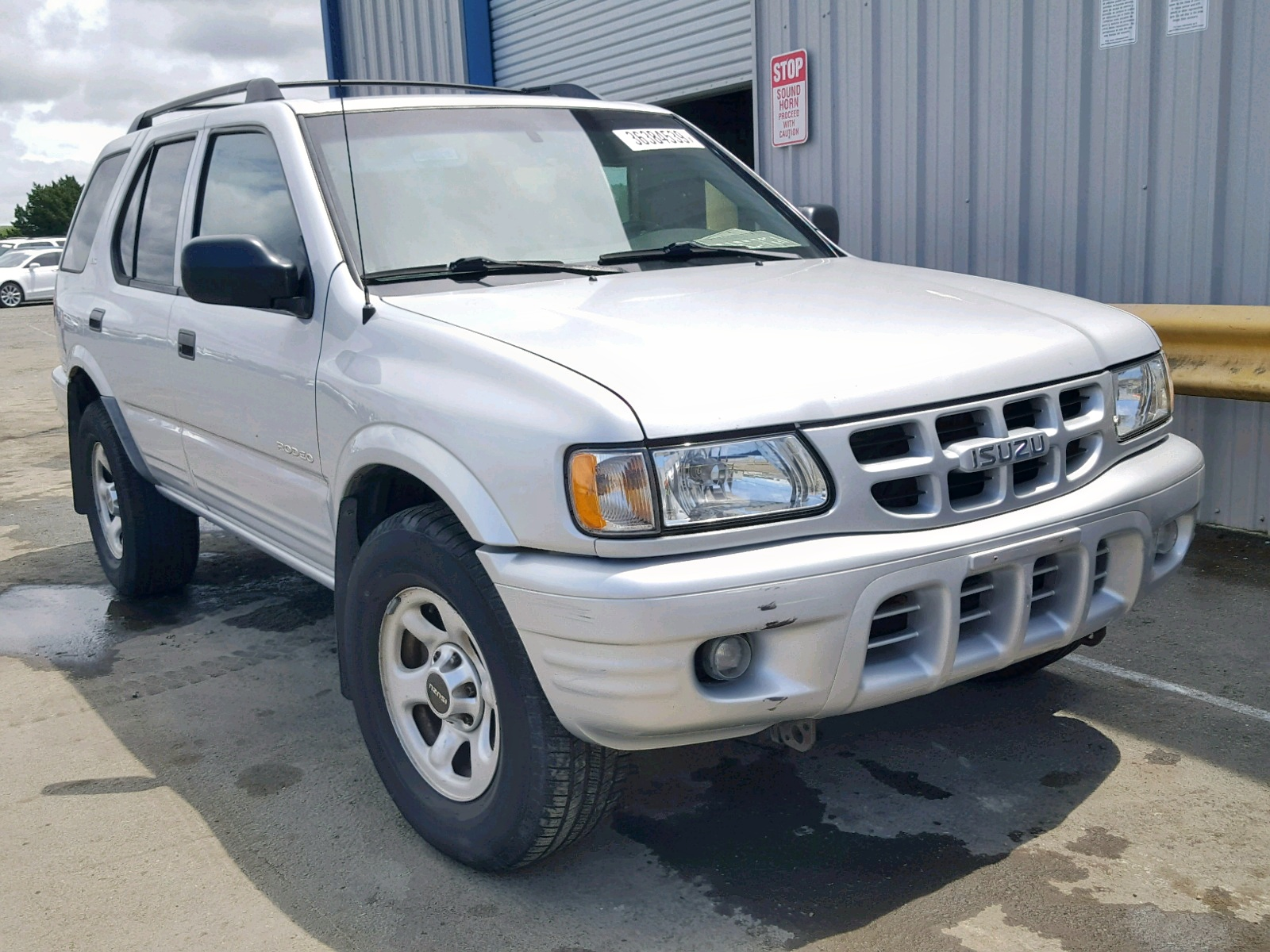 hight resolution of 2002 isuzu rodeo s 3 2l 6 for sale