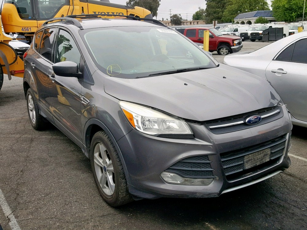 medium resolution of 1fmcu0gx8duc62203 2013 ford escape se 1 6l left view 1fmcu0gx8duc62203