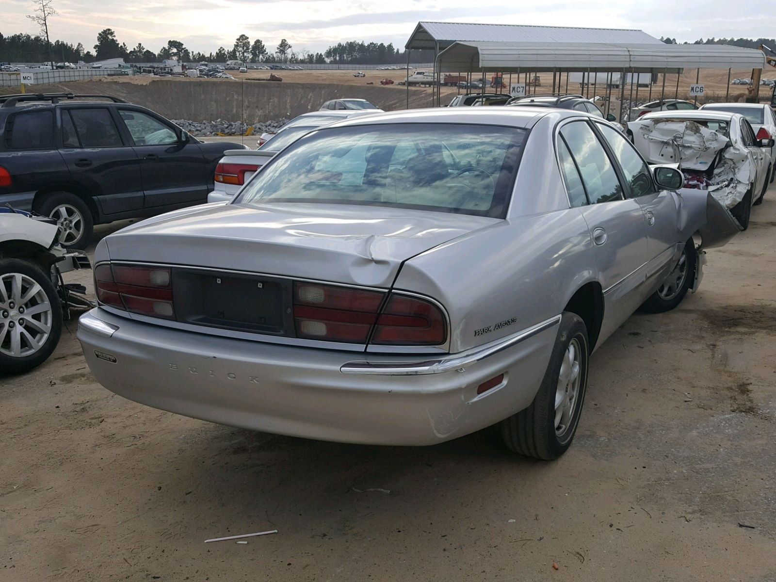 hight resolution of 2003 buick park avenue lot 24835148