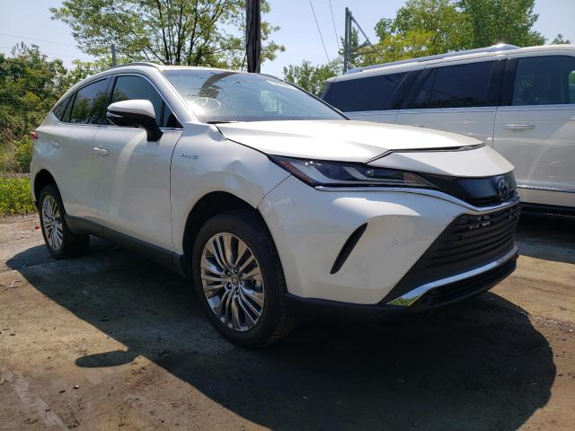 Watch this crossover transform into a crossover with fancy bits stuck to it. 2021 Toyota Venza Le Ny Newburgh Thu May 27 2021 للبيع مزادات السيارات في كوبارت الولايات المتحدة الأمريكية