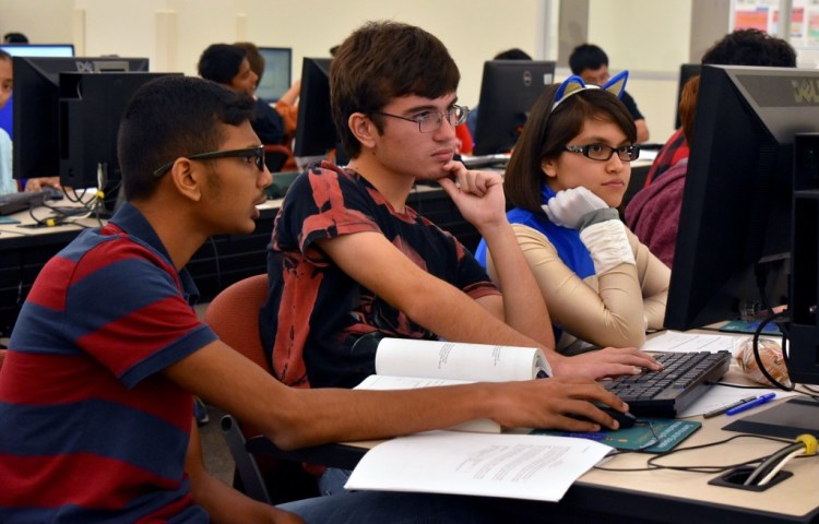 HS Battle Brains Prog 2015 Cont Students 12