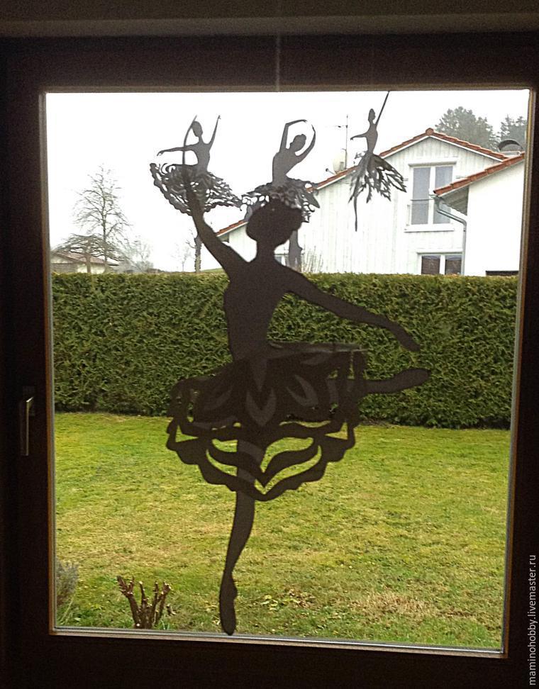 Balet di tingkap, atau memotong kepingan salji yang menarik, foto № 14