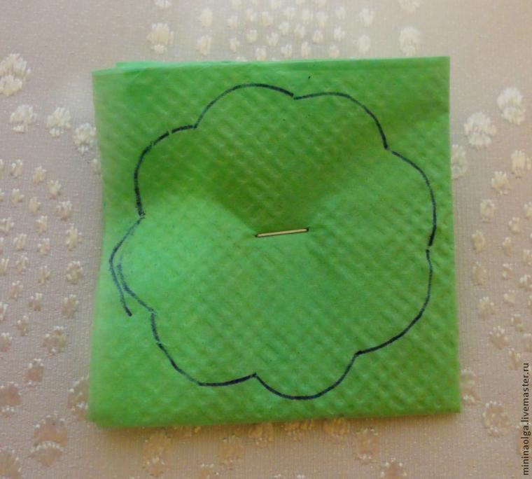 Pomul de Craciun din servetele de hârtie cu propriile lor mâini, Foto № 8