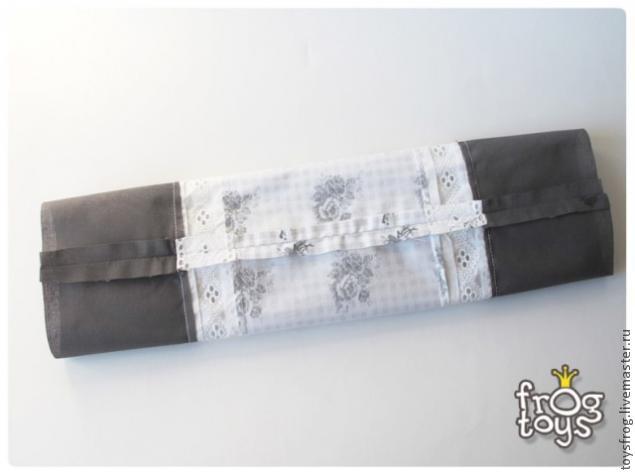 Tyynyliina tyynyn muodossa rulla, valokuvan numero 8
