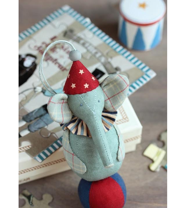 Украсим ёлку интересно! 50 идей ёлочных игрушек своими руками, фото № 39