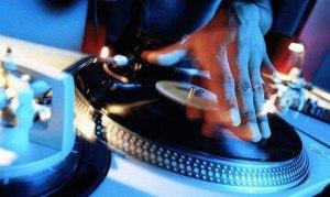 DJ com Pick-Up