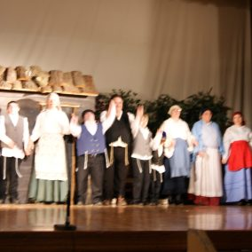 fiddler-on-the-roof-seton-catholic-central-high-school-theatre-performing-arts11