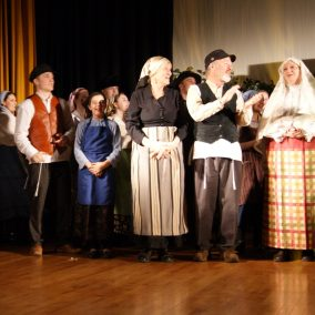 fiddler-on-the-roof-seton-catholic-central-high-school-theatre-performing-arts17