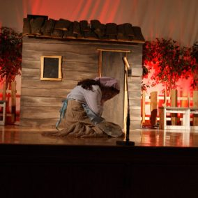 fiddler-on-the-roof-seton-catholic-central-high-school-theatre-performing-arts8