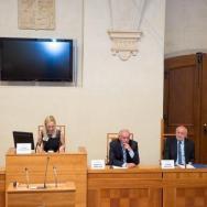 Zleva: Lucie Slavíková-Boucher, předsedkyně spolku ČŠBH, Ivana Valkusová, moderátorka, Přemysl Sobotka, Tomáš Grulich