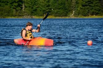 Elliott pivots around a buoy