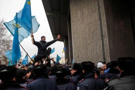 Most egyszerre robban fel Ukrajna összes baja