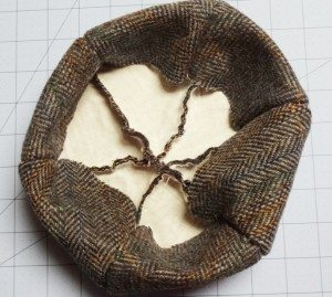 Small wool beret - hem turned down