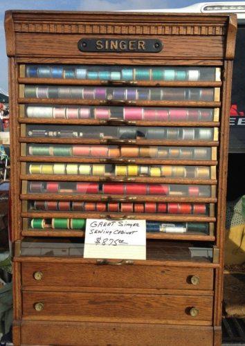 Vintage Singer sewing cabinet - csews.com