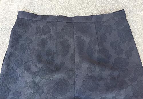 Mimosa Culottemed Clothing sewing pattern) back darts - CSews.com