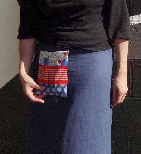 Linen skirt with external pocket - CSews.com