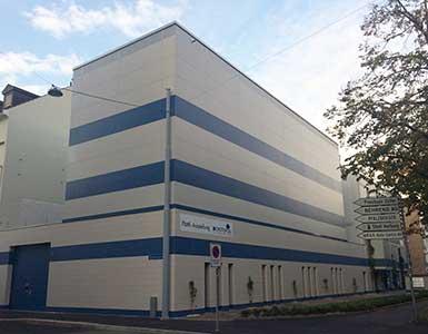 Mechanische-Autoeinstellhalle-Basel-Aussenansicht-385x300